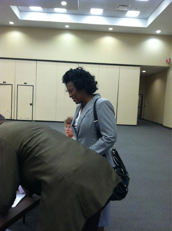 Casting my ballot!  #ItsTime pic.twitter.com/utTU022aHr