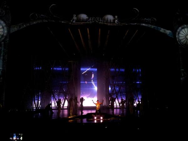 Cirque du Soleil  - Page 9 BJrutCCCQAICfeD