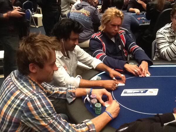 Вся норвежская страна делу покера верна! - Страница 6 BJsW46BCMAAWosF