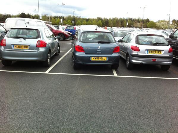 KW56 OAJ displaying crap parking