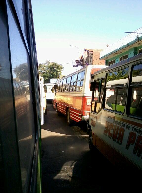 Aldo: El hermoso tráfico en San Lorenzo. #LaciudadDelasChatarras