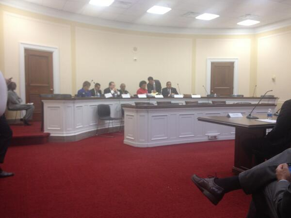 Picture: 5 congress members at the hearing today  #dronewars pic.twitter.com/2z2uojd4iU