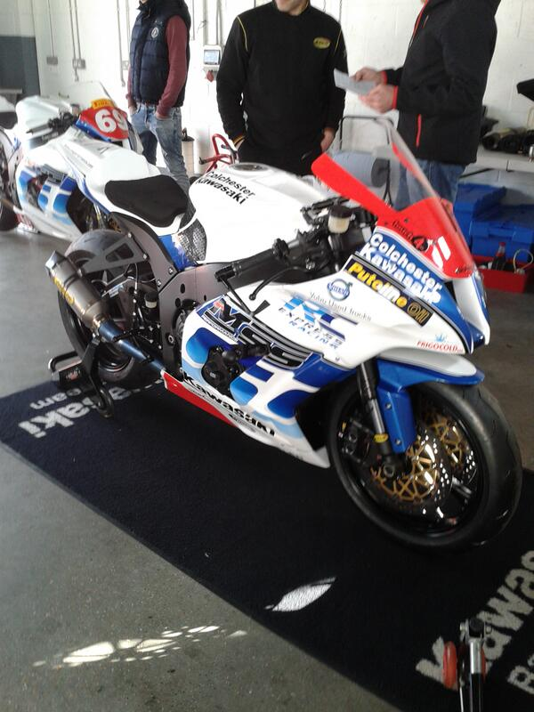 [Road Racing] North West 200 2013 BJzgXAJCYAEEIfJ