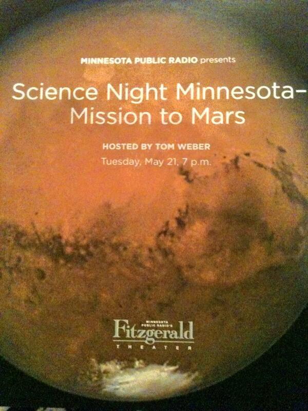 T minus 3 minutes!! #sciencenight pic.twitter.com/elPaTQhyxS