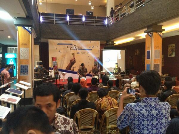 SUDAH DIMULAI! Penganugerahan pemenang Lomba Desain #BatikTBiG mari merapat :D