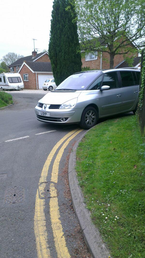 L1 DYP is a crap parker