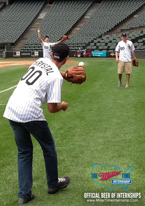 """@MillerLite: It's called ""catch,"" not ""fetch."" Also, #ItsMillerTime pic.twitter.com/dxHGdIZNo9"""