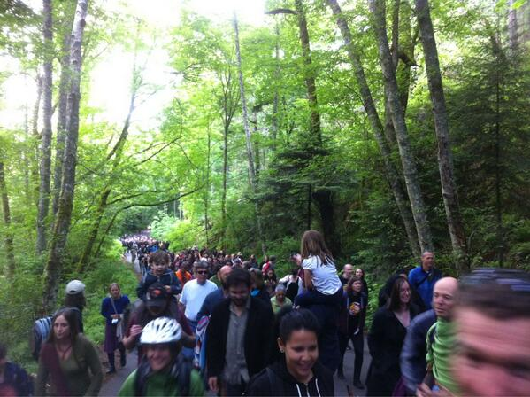 Strong! RT @caitlynvernon in #yyj: Hundreds walk up #PKOLS in solidarity w/ First Nations reclaiming name of mountain pic.twitter.com/dgm0k5dvbU