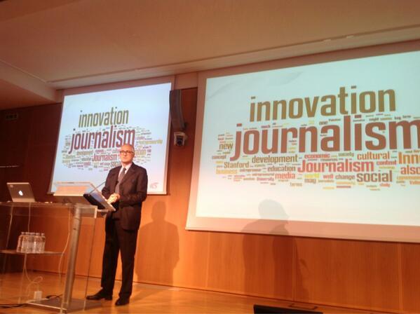 A lezione di #Innovationjournalism in Sala Buzzati al Corriere. Daniele Manca introduce la giornata pic.twitter.com/Qv2c9wBQIE