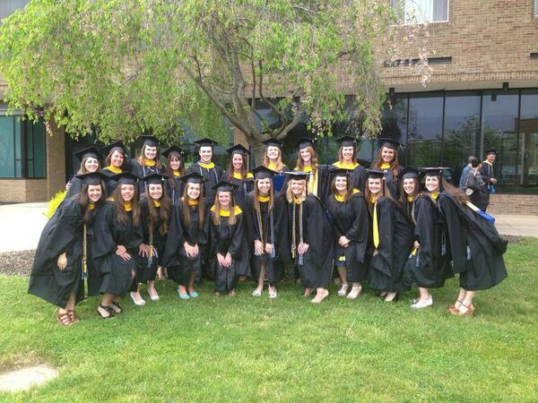 @MisericordiaU graduates from the master's of science in the OT program pose for a post-commencement pic #MUGrads. pic.twitter.com/Ruhrsowbu0