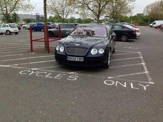 DK05 CBO displaying Selfish Parking