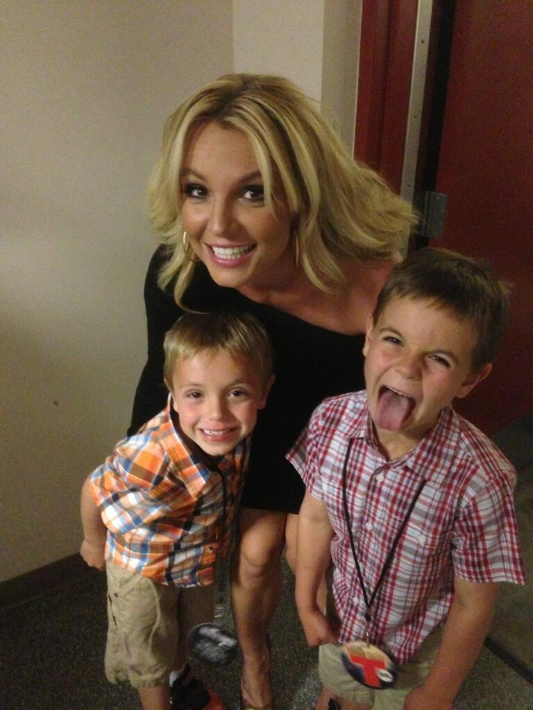 Twitter / britneyspears: I've got the two cutest boys ...
