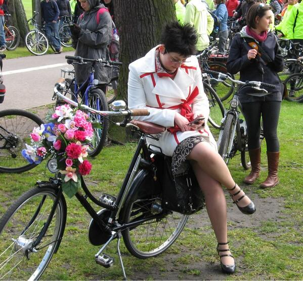 Great cycle chic at PoP2
