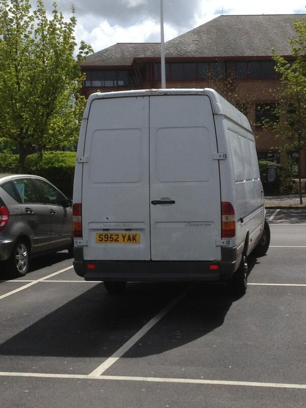 Selfish Parker S952 YAK /></div>                                                       <div class=
