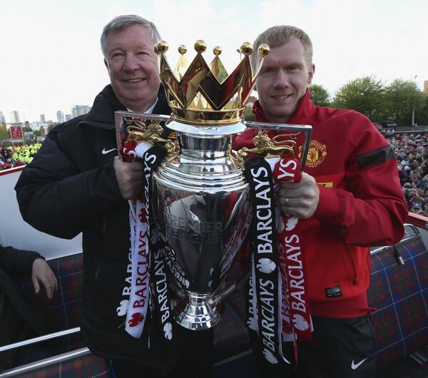 BKKzeacCQAEXmrH Sir Alex Ferguson has one last dig at Liverpool on the Manchester United bus parade