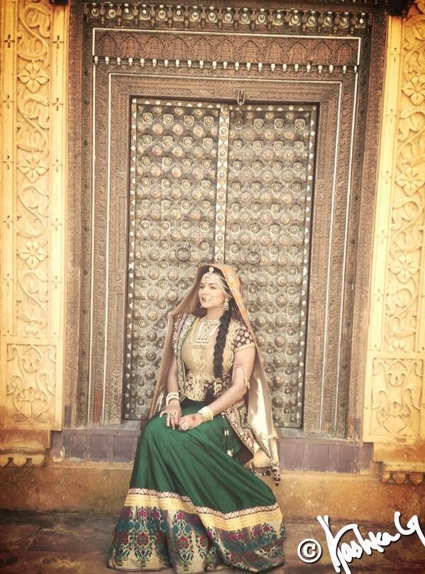 "Aashka Goradia on Twitter: ""Here we are DHEER BAI BHATIYANI In ..."