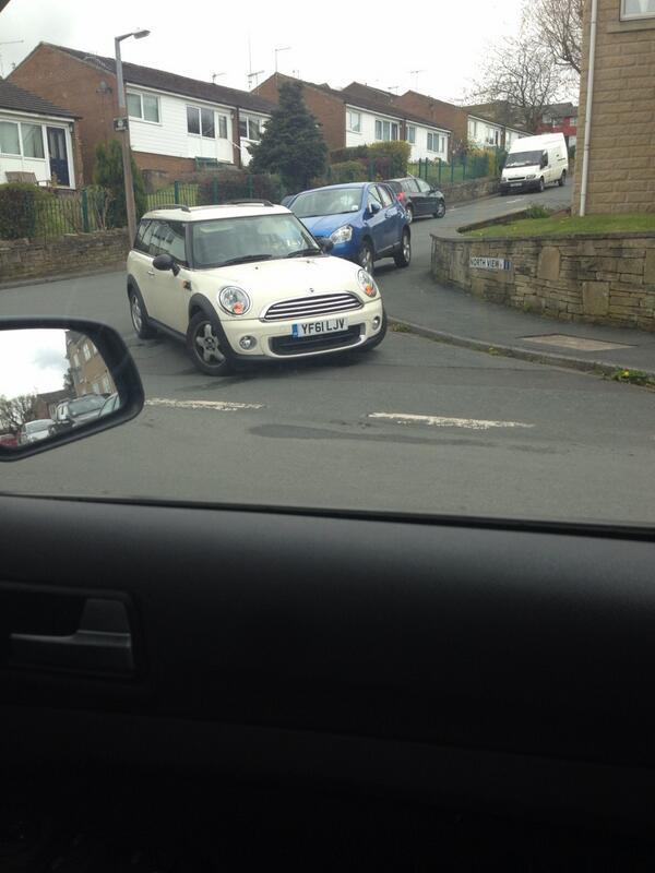 YF61 LJV displaying crap parking
