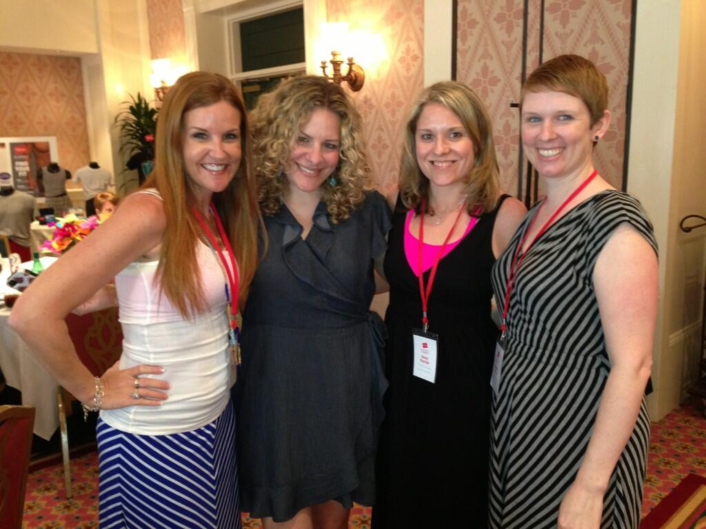 Twitter / TheMommyologist: Such awesome ladies! @scarymommy ...