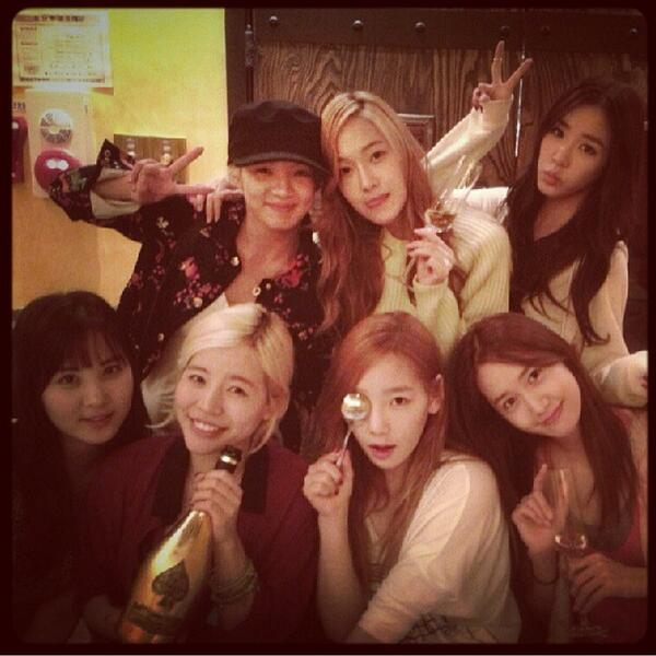 happy Birthday Sunny RT @SONE_IND_GG [Taengstagram Update] taeyeon_ss: Happy B-day SUNNY❀ 오늘도 우리는 행복했다. 써니끼니 #HPM #bd http://t.co/3WmBn1eNnf
