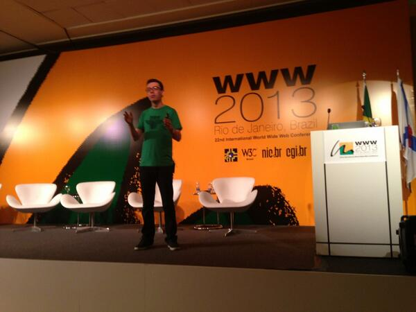 Great keynote by @LuisvonAhn on #duolingo #WWW2013 #webscience So wise so young! pic.twitter.com/2CtJHKuSv6