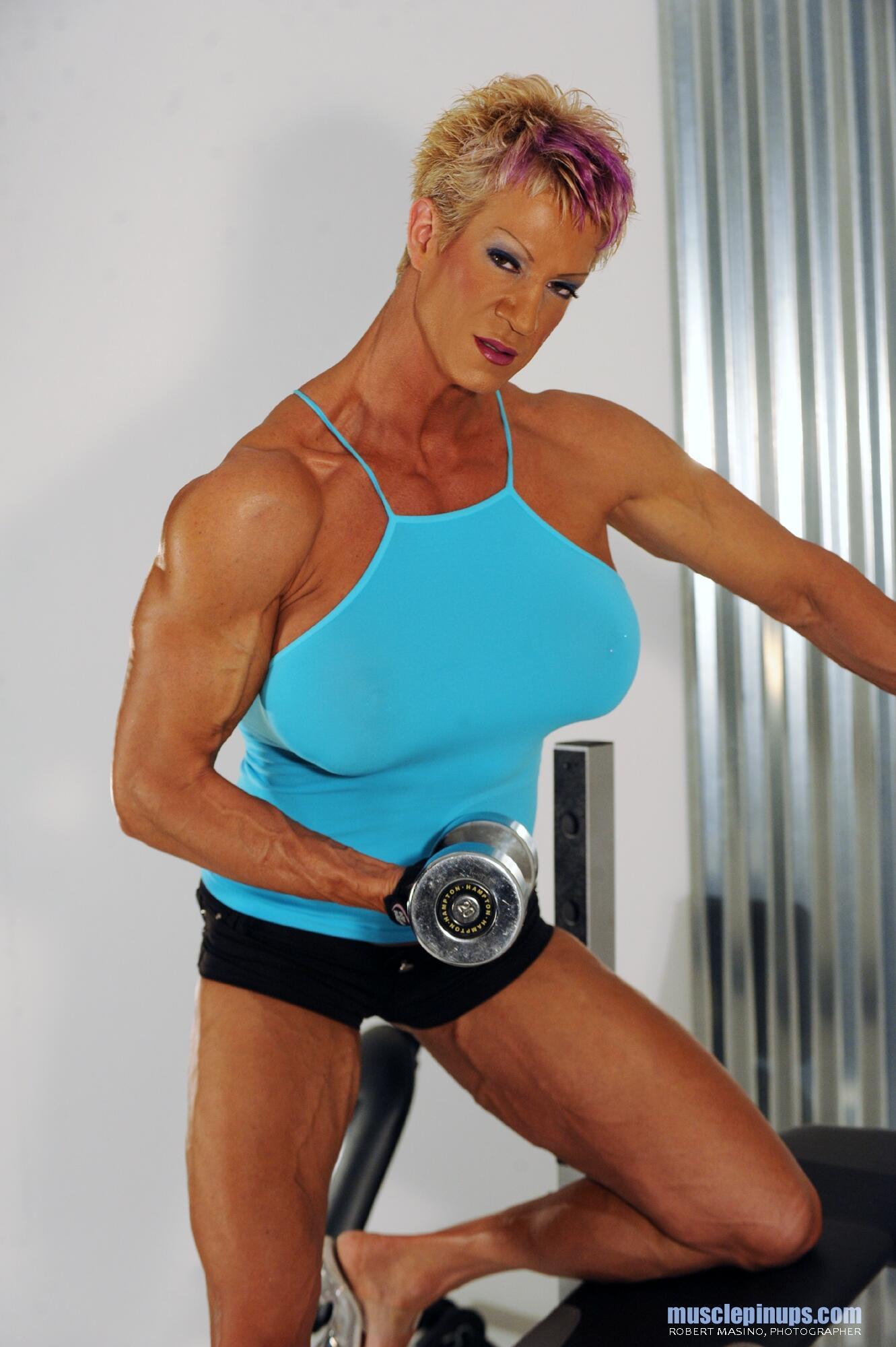 Muscle women porn