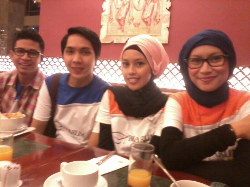 #JakartaKemarin: Mereka di Lingkaran Bahagia