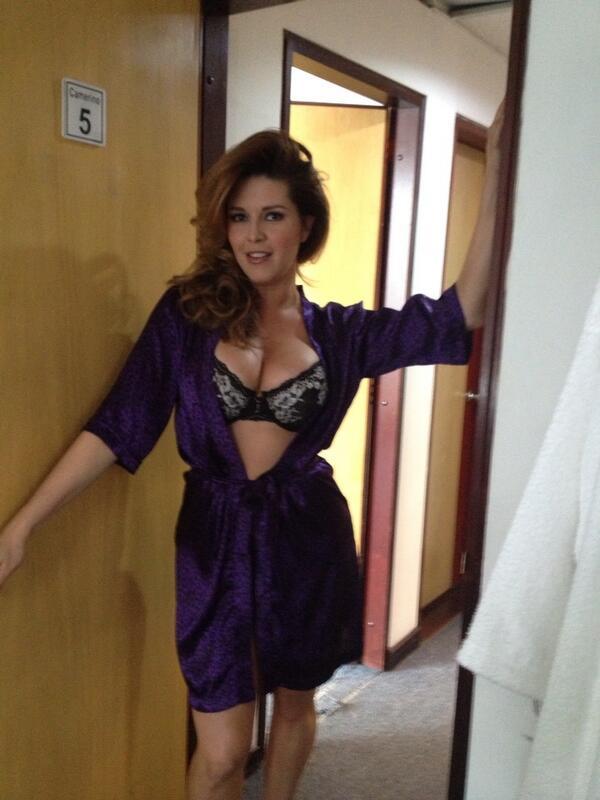 FOTOS: ¿Alicia Machado se puso los senos más grandes? Esta Madame ...