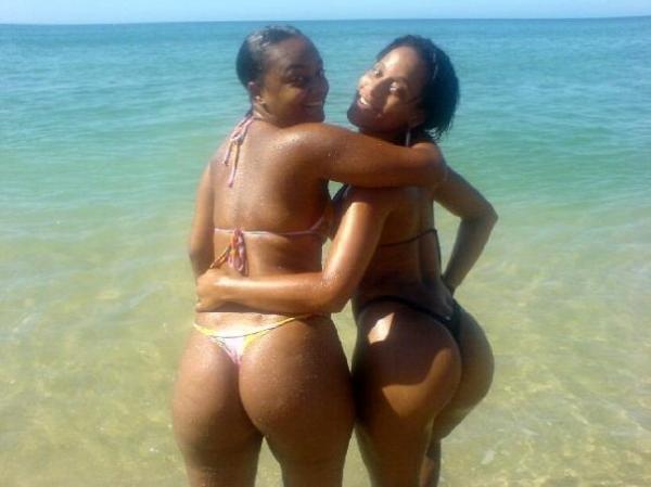 kenyan girls Nude beach