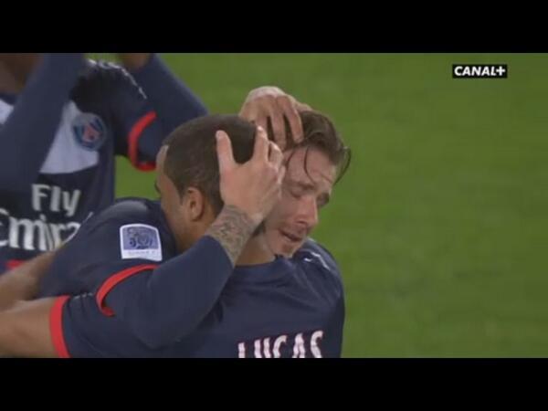 [Ligue 1 12 - 13] 37ème journée BKk0Tv5CQAEbKo_