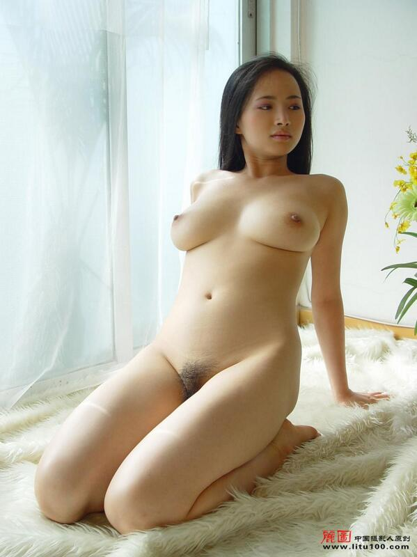 Thick Chinese Babes Nude
