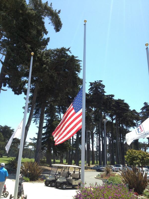 @Graeme_McDowell nice mark of respect for Ken Venturi @TPCHardingPark pic.twitter.com/QSZM1kYVye