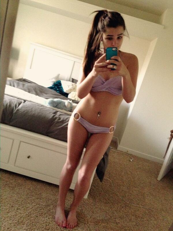 nude pictures of full figured teenage girls