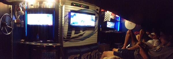 Exclusive Inside Look at the Miller Time Machine #mancave pic.twitter.com/xcIGNZiLIP