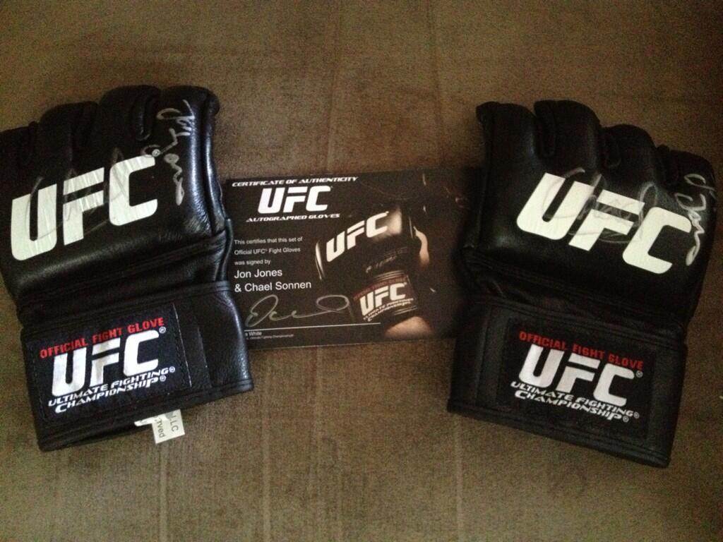 Twitter / scottlunn: Got my prize from @UFConXboxLIVE ...
