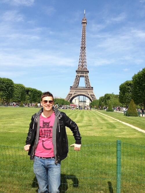 Ed & Martin took advantage of today's holiday in Switzerland & hopped a plane to Paris for the weekend. http://t.co/6PJcn8GYPJ