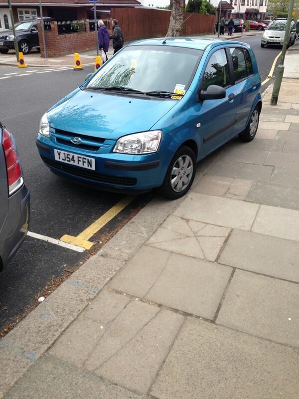 YJ54 FFN displaying Inconsiderate Parking