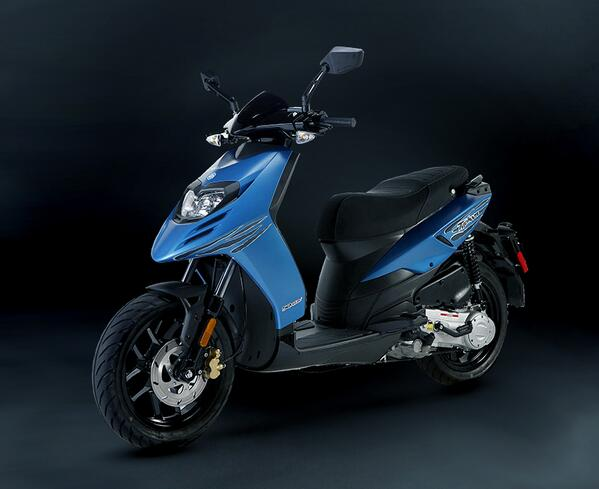 For 2014, #Piaggio has a surprise for you. Typhoon 50 is the new dynamic scooter just for you! http://t.co/X8A1wps3Vj