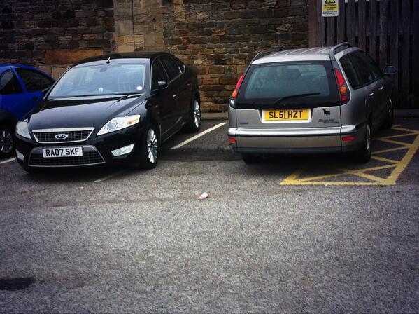 RA07 SKF displaying crap parking