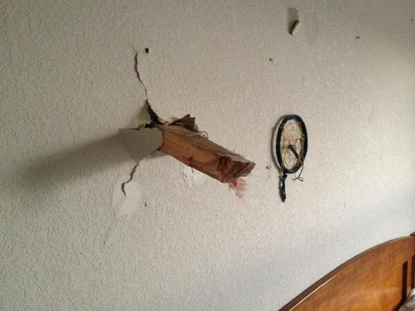 Check out how close this board came to the bed's occupant in Moore, #Oklahoma http://pic.twitter.com/EBrMC4I8Gi