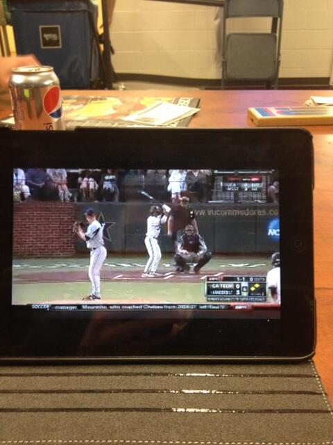 Thankful for the watchESPN app. pic.twitter.com/tVmdLCYRW1