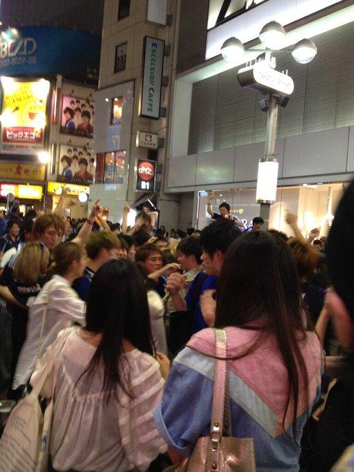 渋谷スクランブル交差点のDJポリスが素晴らしかった!ツイートまとめ (2013.06.04)