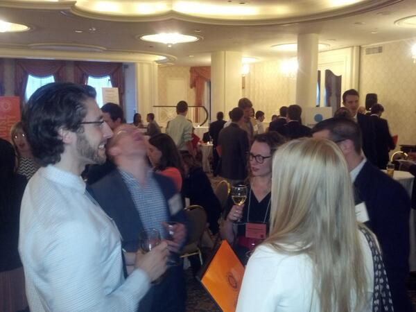Large crowd here at @SUinDC's #SITCDC, lots of good networking going on with @SyracuseU students and alumni http://pic.twitter.com/vIpulxngF7