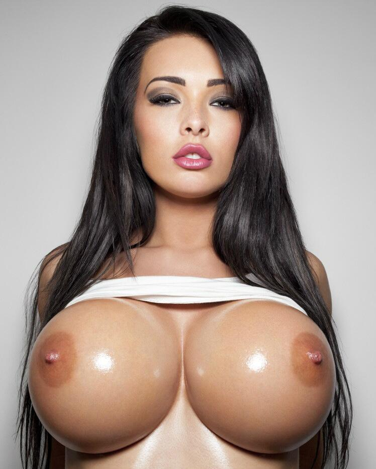 Hot big round boobs