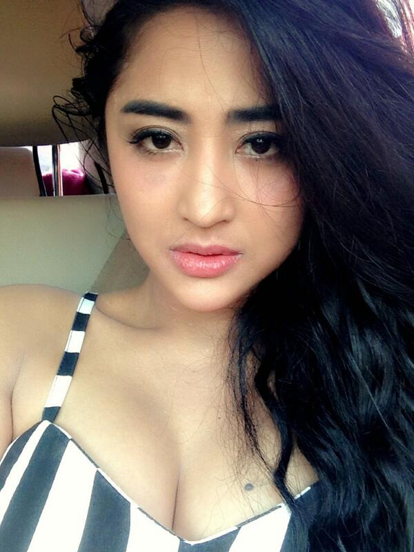 dewiperssik on twitter d p rt rockieadithia mirip dewi persik dewiperssik12 today http t co 5qszitrylf