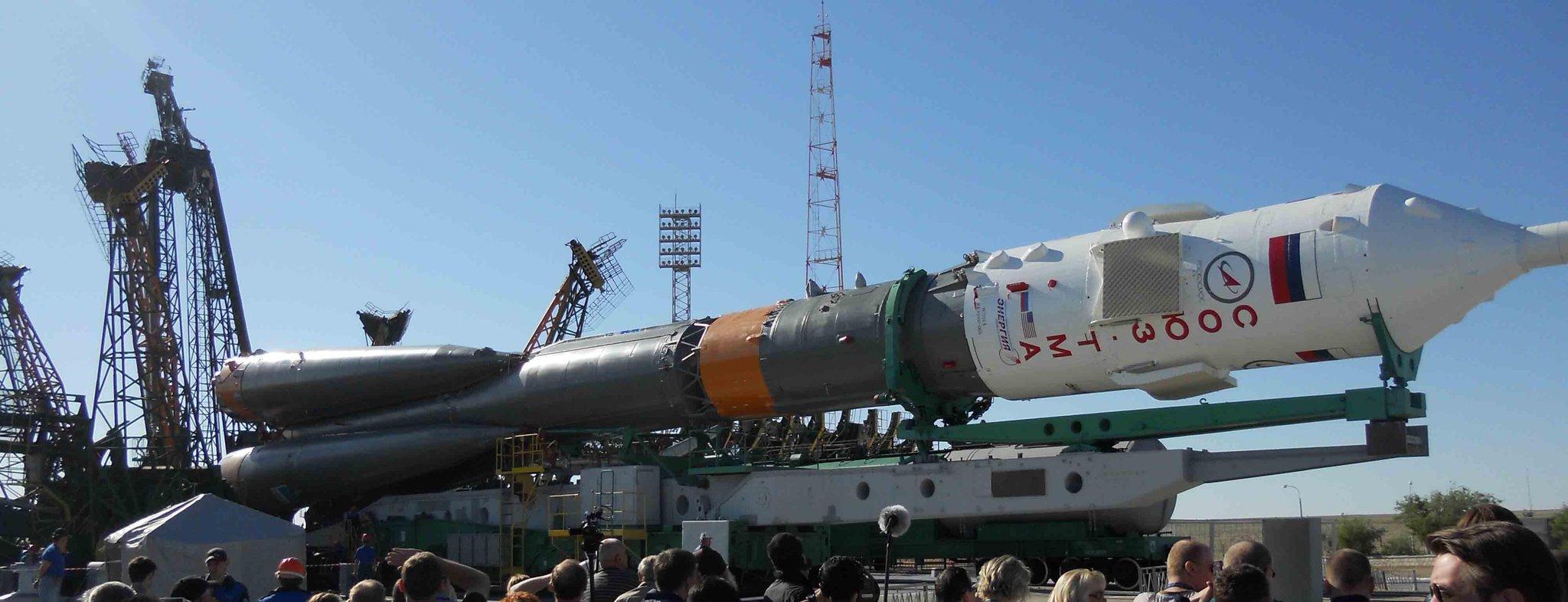 Lancement, mission & retour sur terre Soyouz TMA-09M  BLLkFUWCQAADCe3