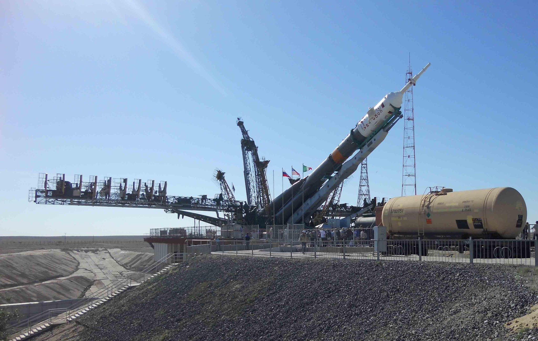 Lancement, mission & retour sur terre Soyouz TMA-09M  BLLkXsjCAAAvqM9