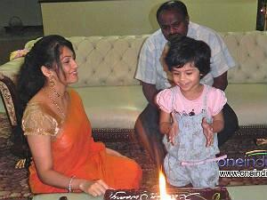 Kutty Radhika Ratan Kumar NamCinema.com on...