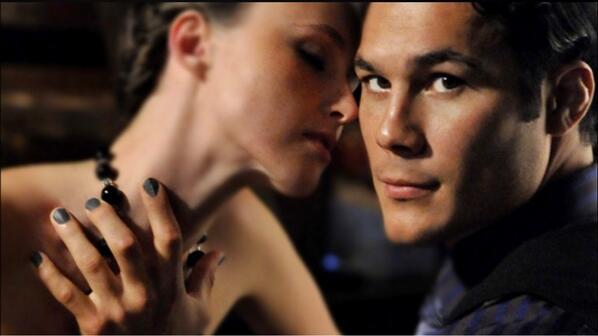 Smalto per uomini, l'ultima tendenza contro ogni tabù