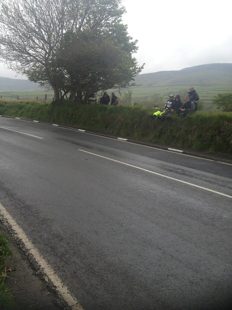 [Road Racing] TT 2013 - Page 4 BLXm2_YCUAEt14E