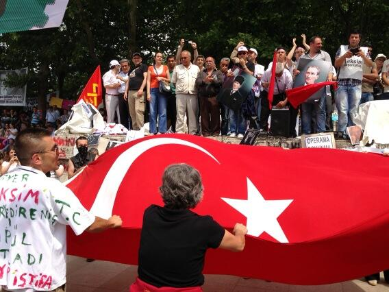 'We are all Taksim! We are all Turkish,' these people shout. #turkey http://pic.twitter.com/ErQZFUmSRN